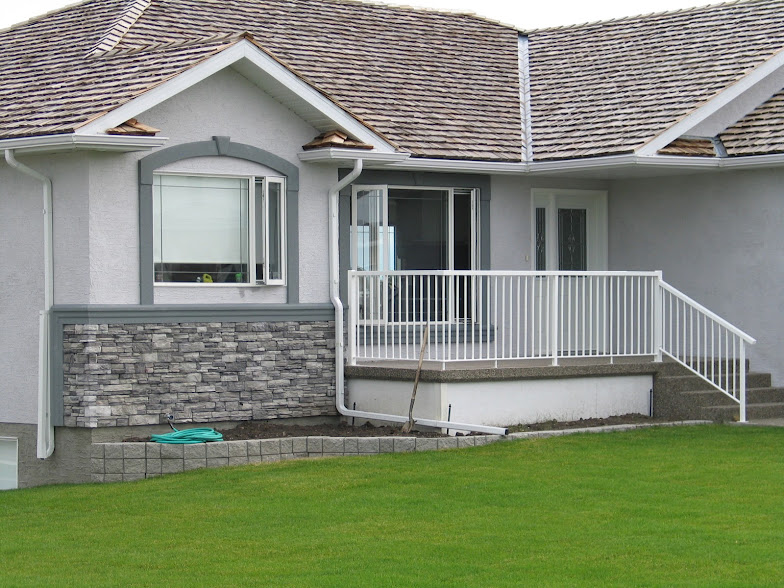 Stucco and stone combinations images for Siding and stucco combinations